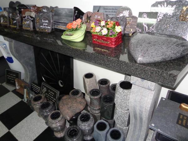 Vases funéraires